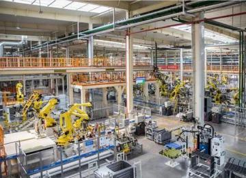一个汽车厂到底有多少台机器人?10万产能需要170台工业机器人